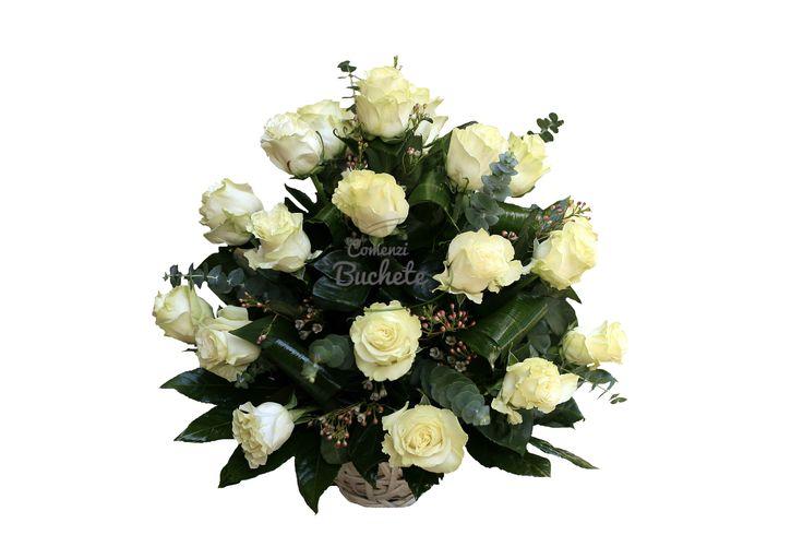 Cos din 25 de trandafiri albi Mondial. Eleganta si puritate.