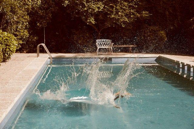 21 best dubai fashion style images on pinterest dubai for Tirarse a la piscina