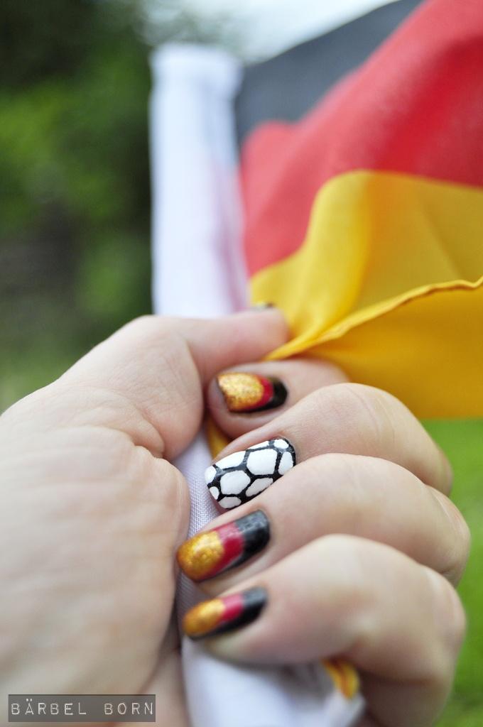 soccer!!!!!  #soccer #fussball #nageldesign #nailart