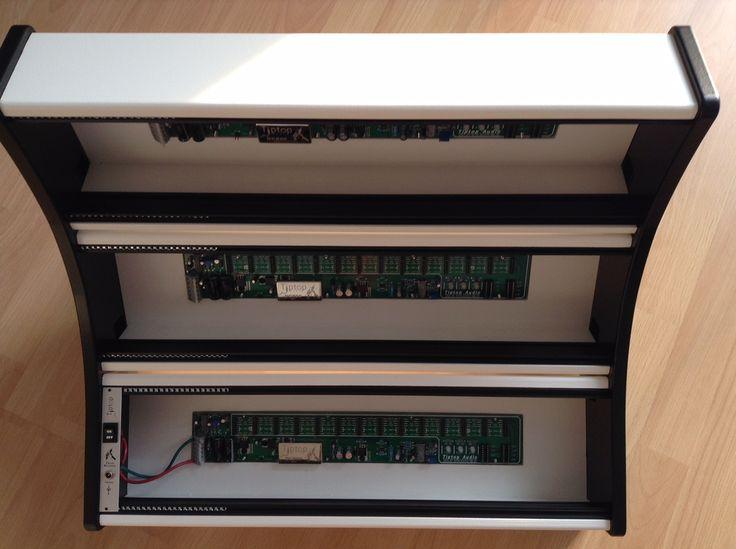 9U Eurorack Case - white & black with external power connector