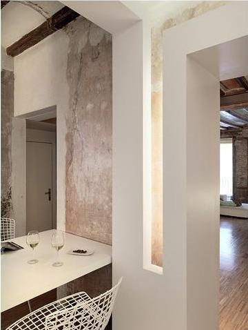 Gus Wustemann - Renovated Appartment