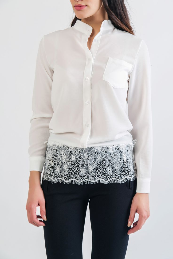 Shirt with close round neck and hem lace. Front button fastening and patch pocket. Cuffs wih button. http://www.modaboom.com/clothes/leuko-poukamiso-me-dantela-sto-strifoma/