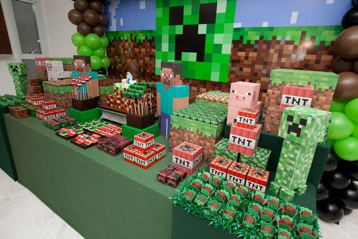 Mania entre as crianças, game Minecraft inspira decoração de aniversário