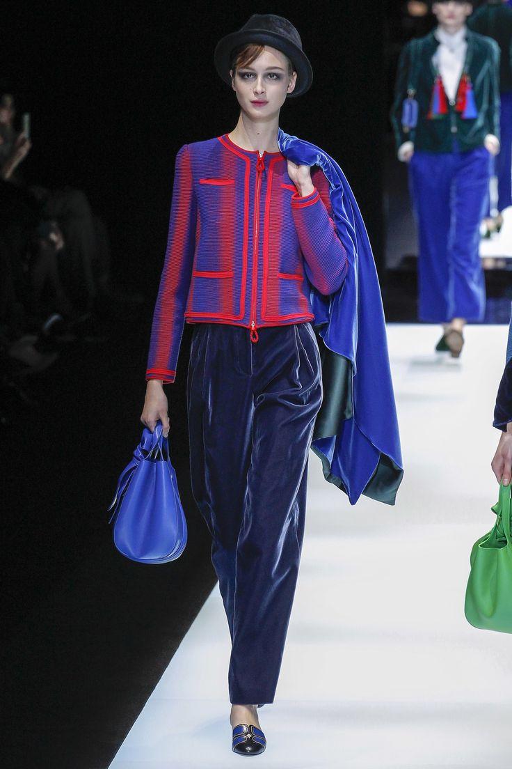 Giorgio Armani Fall 2017 Ready-to-Wear Fashion Show - Chiara Corridori