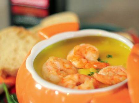 -  Sopa de Mandioquinha com Camarão e Azeite de Oliva