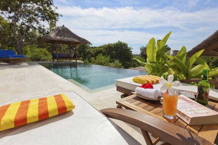 Villa Nusa  http://thelembongantraveller.com/villanusa