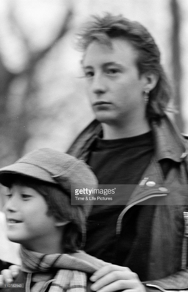 ♡♥Sean Lennon with Julian Lennon - click on pic to see a larger pic♥♡