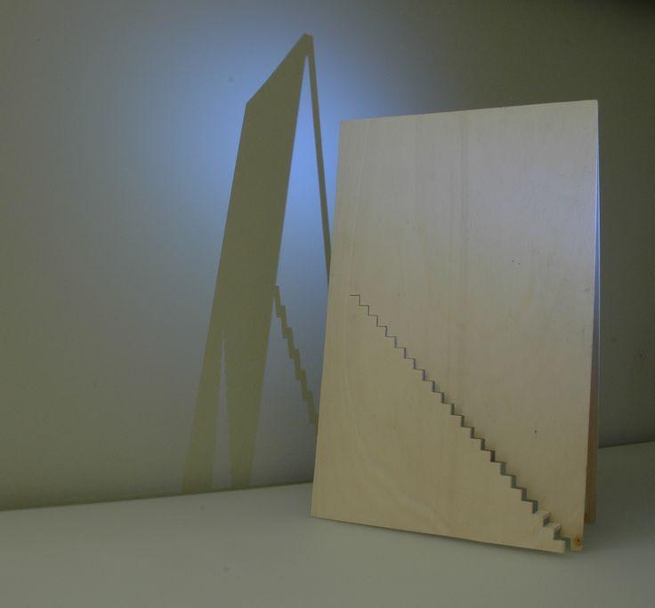 Archytipe: Voor deze opdracht heb ik ontworpen die een aanleiding heeft naar een huis maar niet direct. Zo heb ik een dak gemaakt met een trap erin.