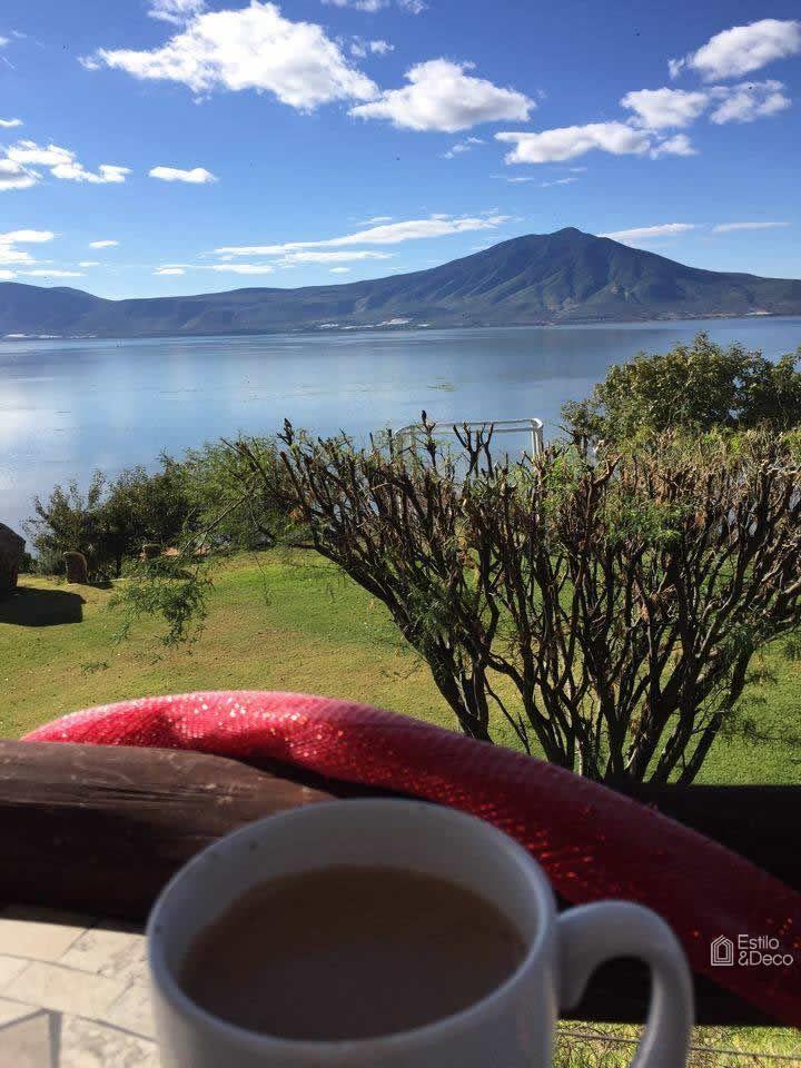 Hermoso #paisaje. #Desayunando en Monte Coxala, SanJuan Cosalá, Jalisco, México. Foto enviada por: Ruthy Dz