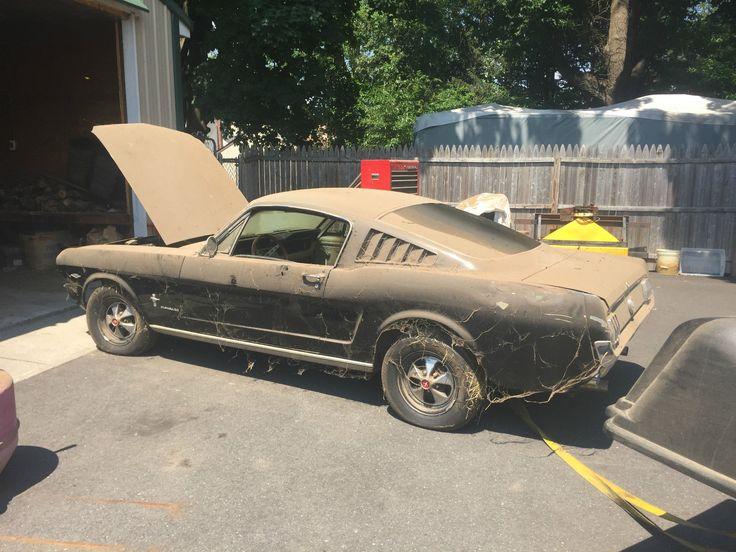 Ford Mustang Fastback 2 289 4 SPD Runs Barn Find