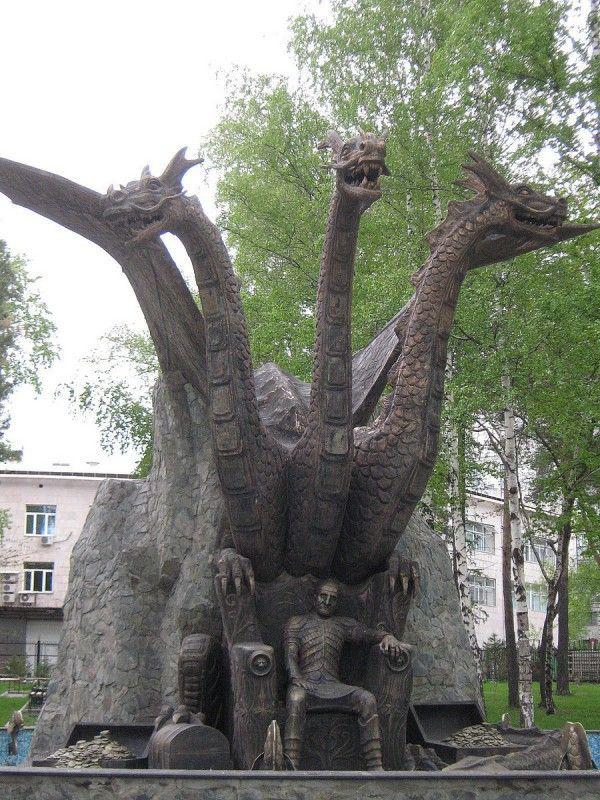 Памятник сказочным персонажам в Новосибирске © Алёна Груя