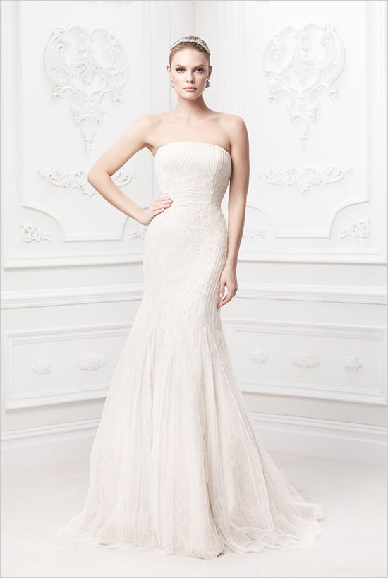 Zac Posen Wedding Gowns #zacposen #weddingdress #weddingchicks http://www.weddingchicks.com/2014/02/18/zac-posen-wedding-gowns/