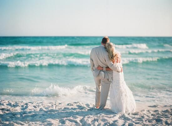 A beautiful destination wedding in Seaside, Florida | photo by Lauren Kinsey Fine Art Photography
