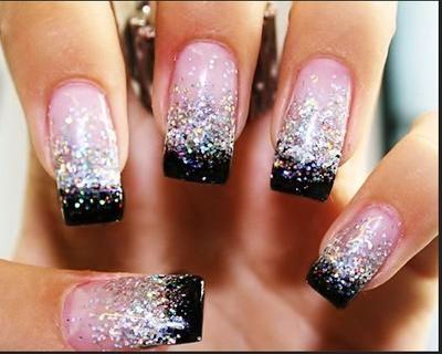 Bekijk de foto van inspiration met als titel roze zilver zwart nagels en andere inspirerende plaatjes op Welke.nl.