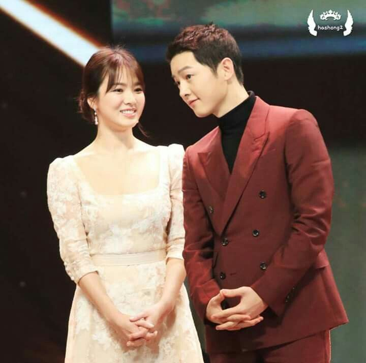 I really love both of them #kikyo couple #song hye kyo #song joong ki