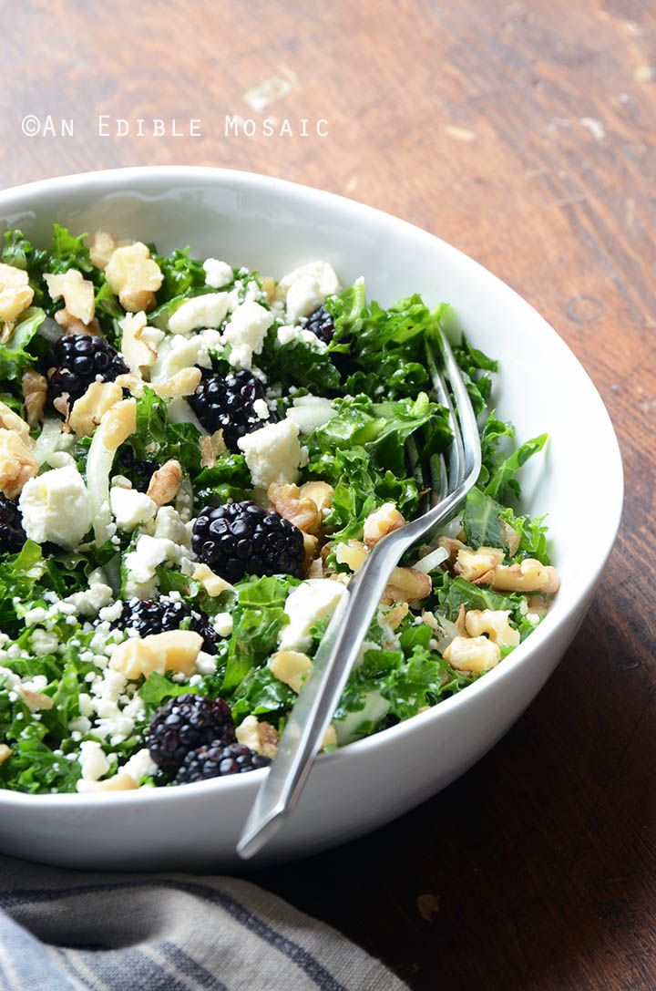 Blackberry and Toasted Walnut Kale Salad with Goat Cheese is the perfect balance of sweet/salty flavors with the bonus of nutty crunch and nutritious greens. #recipe