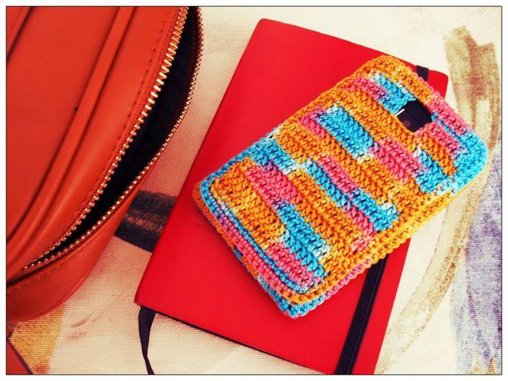 Capa para smartphone em crochet Feita à medida de cada smartphone  Fio 100% Algodão Pode lavar à mão ou máquina até 40º      Não disponível para modelos curvos