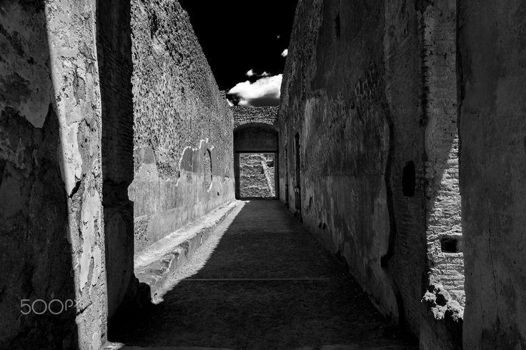 galanty show - Pompei, Italy