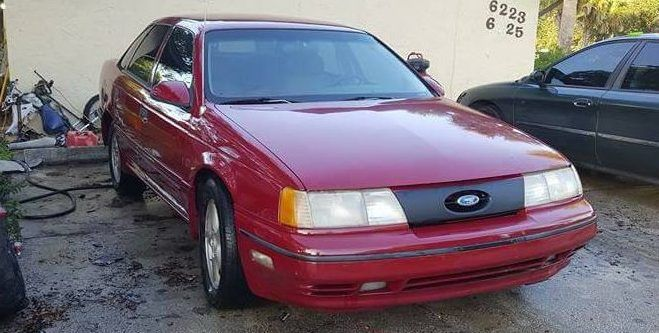 $750 Hot Rod: 1989 Ford Taurus SHO - http://barnfinds.com/750-hot-rod-1989-ford-taurus-sho/