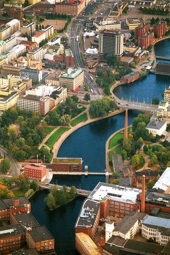 The centre of Tampere as seen by the bird view. In the middle runs Tammerkoski rapids.