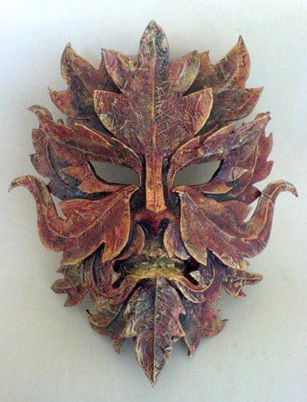 Masquerade Masks: exclusive masks hand crafted in leather and papier mache