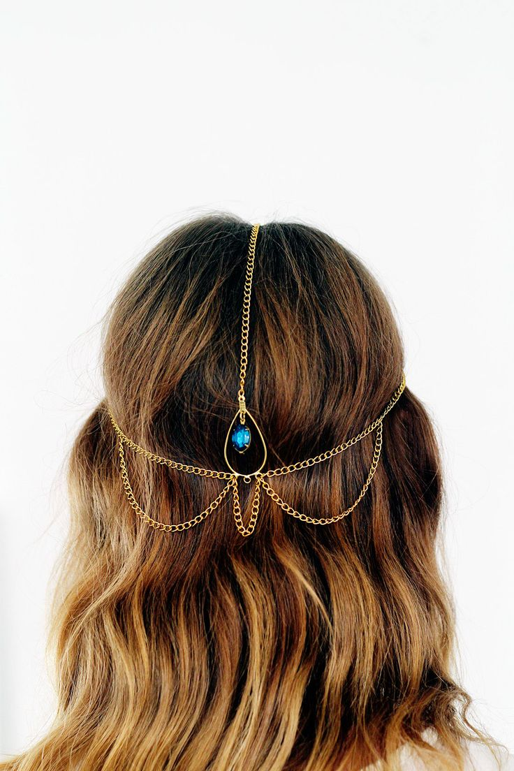 Step up your 'do with this DIY hair chain.