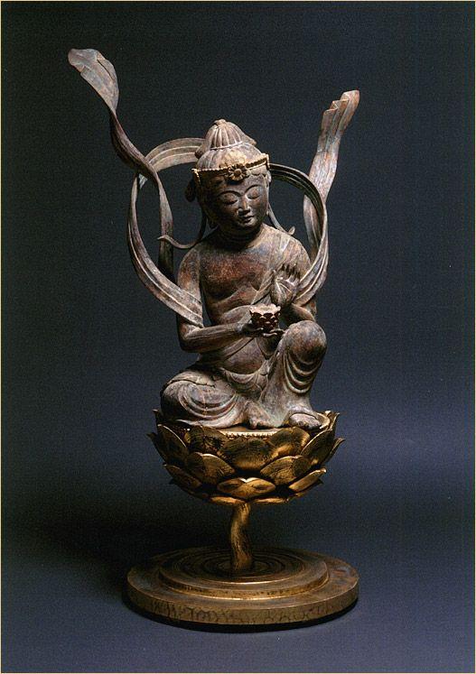 供養菩薩坐像<吽形満開蓮華天女像>の画像