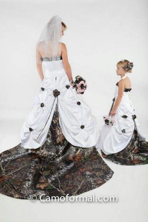 Best 25 snow camo wedding ideas on pinterest white camo for Snow white camo wedding dress