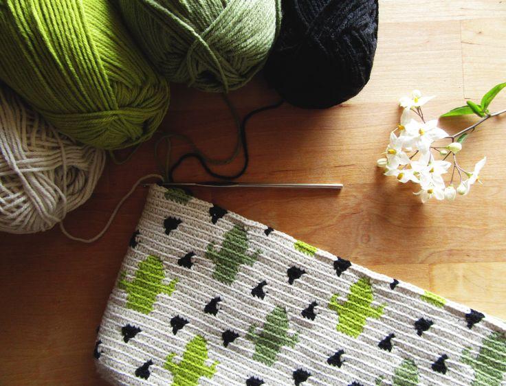 Cactus Crochet Bag! Tapestry Crochet Cactus Pattern!