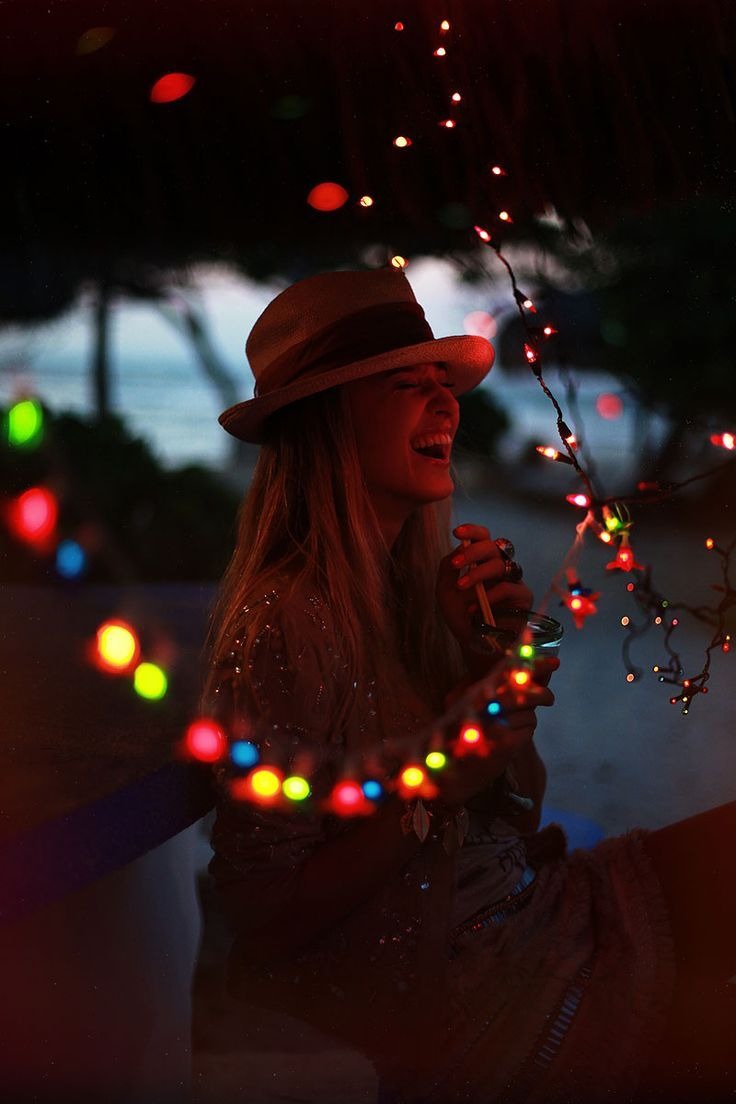 Favorite Pins - Summer Fair - Girl at fair with lights // aidamollenkamp.com