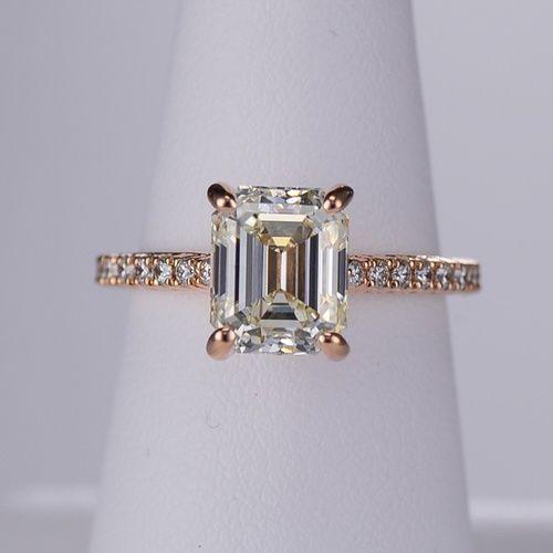 Stunning emerald cut rose gold engagement ring by Ritani