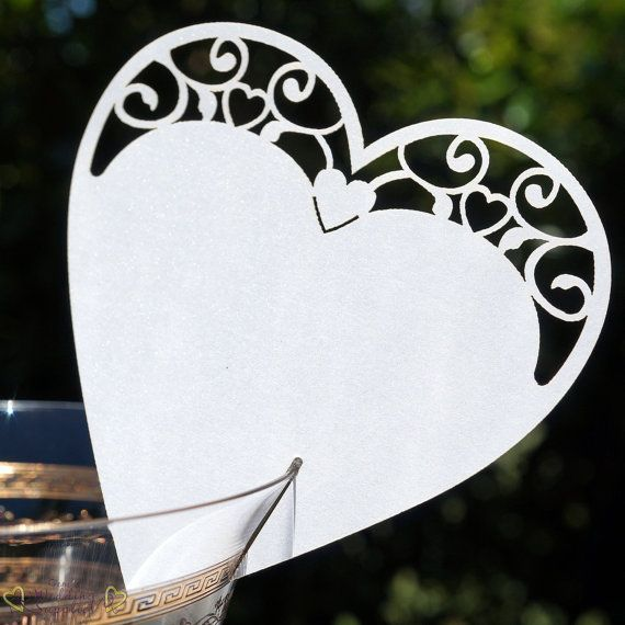10 x White or Ivory Heart Glass Place Name door GemsWeddingSupplies