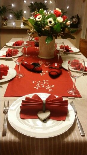 2016 New Year's Eve with Lurabo slippers on the table