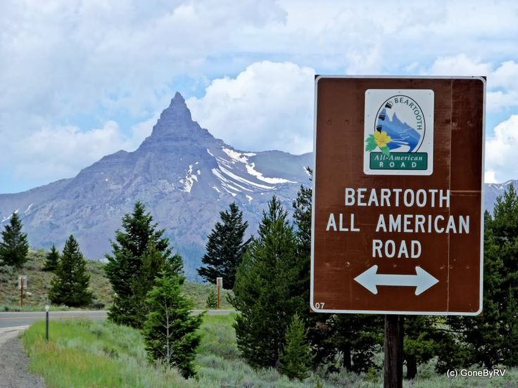 bear tooth pass summit | Finally we arrived at the start of the Beartooth Highway.