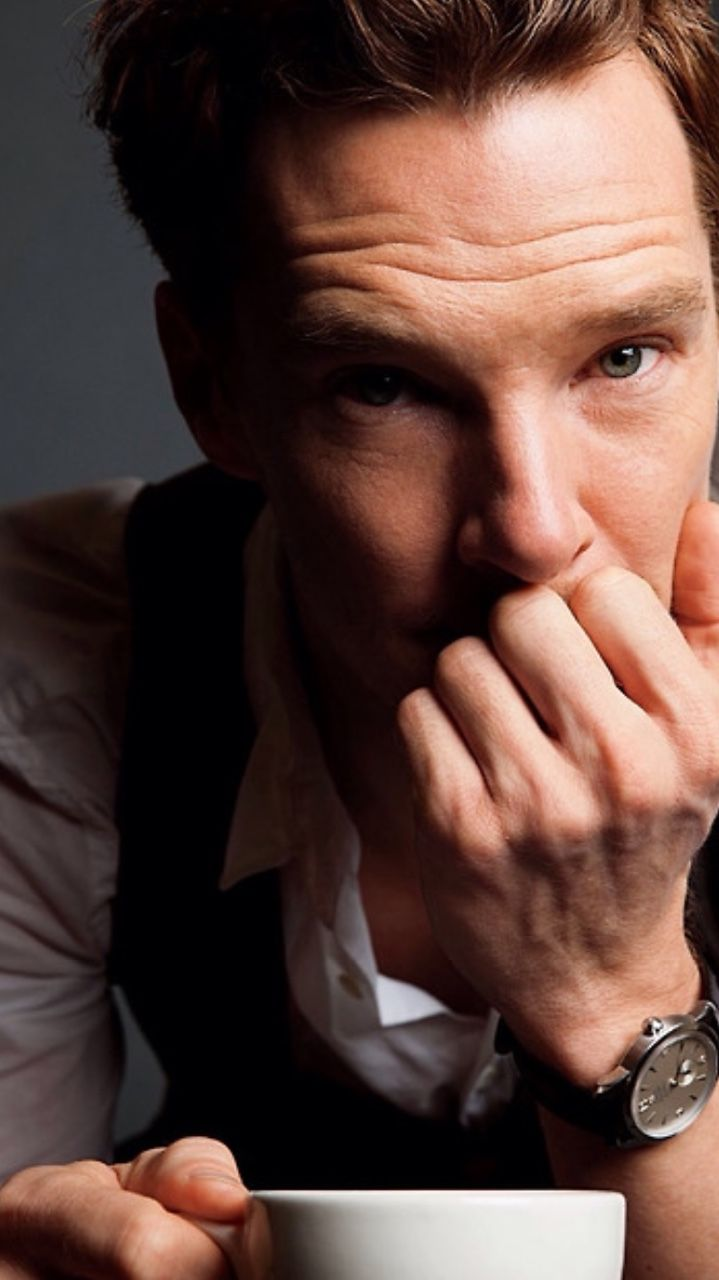 Benedict. I very nearly bought the People magazine just to have a hard copy of this pic!