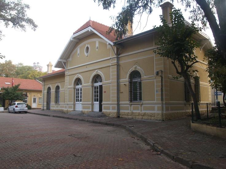 O istasyon, Train Station
