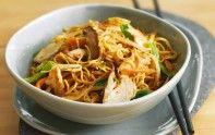 Si vous appréciez la cuisine chinoise, alors vous allez aimer cette recette de nouilles sautées au porc.