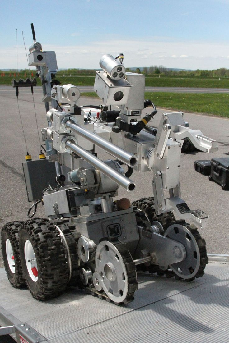 POLICE USED BOMB DISPOSAL ROBOT TO KILL A DALLAS SHOOTING SUSPECT POTENTIALLY THE FIRST USE OF A ROBOT TO KILL IN AMERICAN POLICING