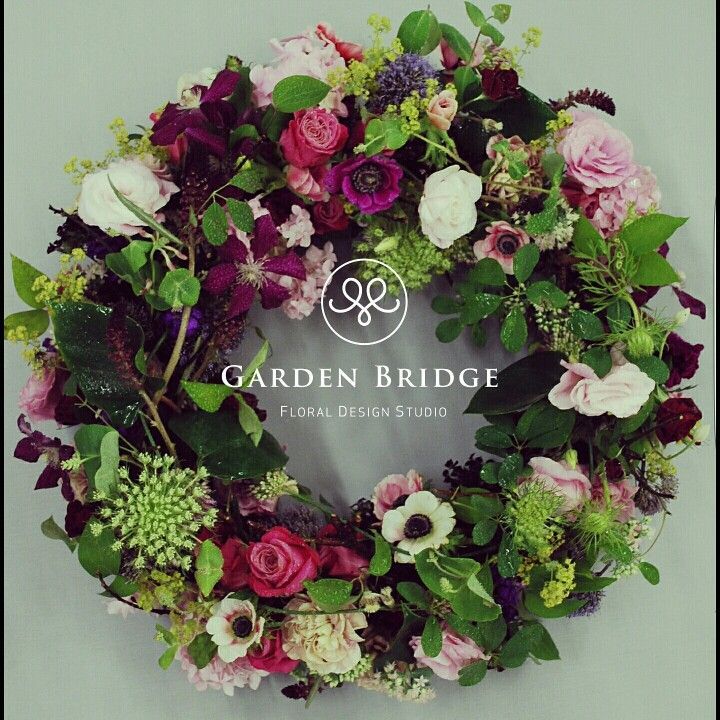 flower wreath arrangement GardenBridge academy seoul korea florist