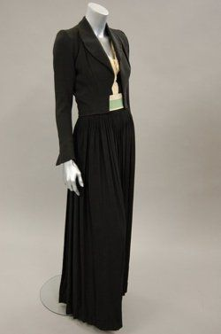 OMG that dress! Evening Ensemble  Jean Patou, 1930s  Kerry Taylor Auctions