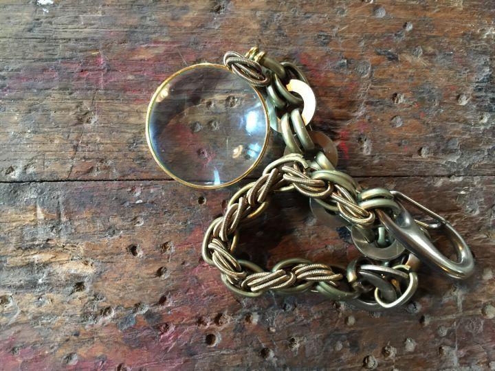 Monoclò necklace. Thanks to Miss Claire >> http://www.missclaire.it/hand-made/monica-trevisi-artigianato-e-design-contemporaneo/