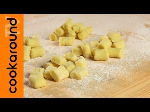 Gnocchi di patate fatti in casa / Come fare gli gnocchi - YouTube