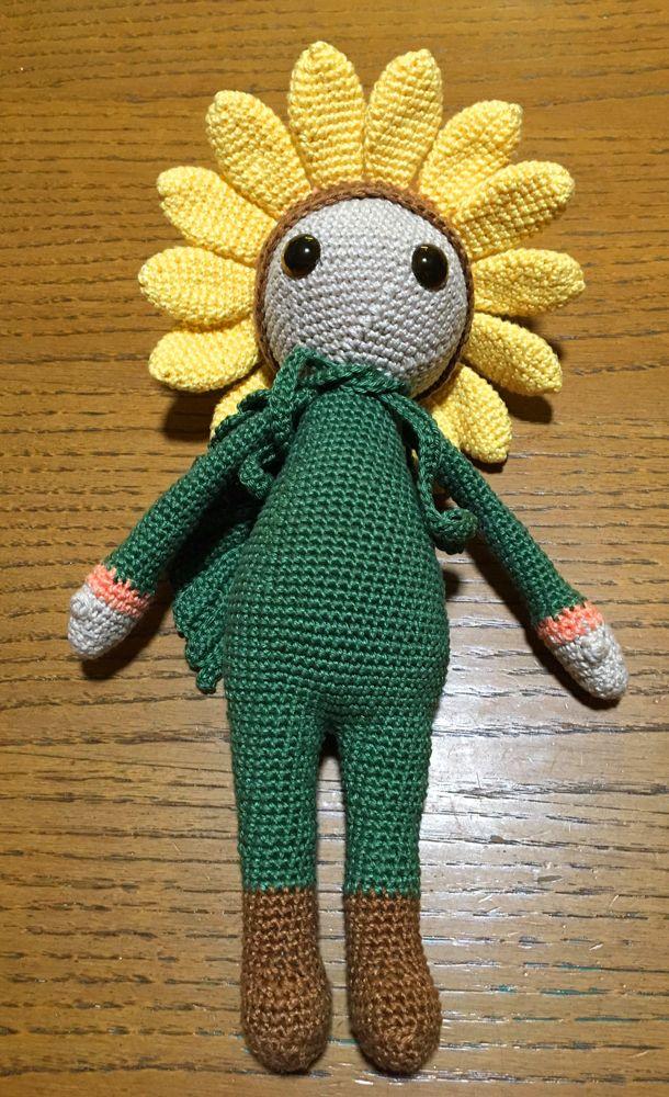 Sunflower Sam flower doll made by Erika M - crochet pattern by Zabbez