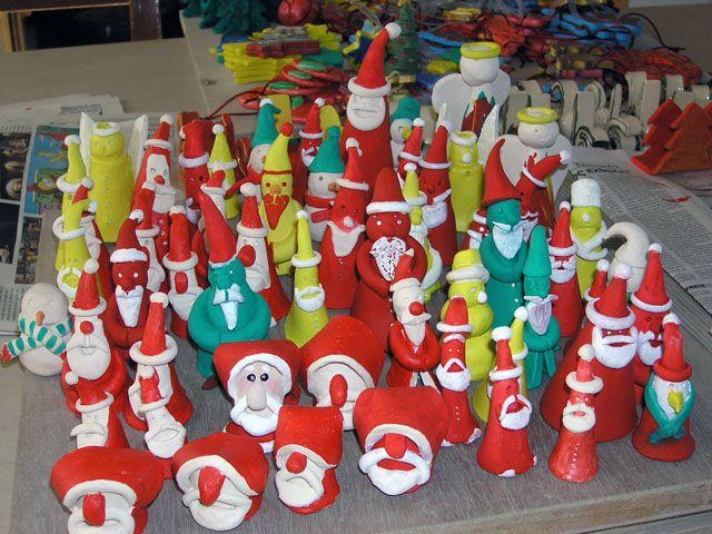 Santa`s... but many!