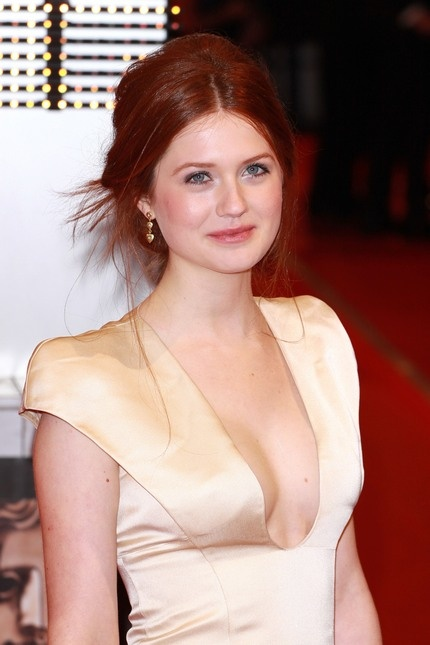64 Best Images About Bonnie Wright On Pinterest Her Hair