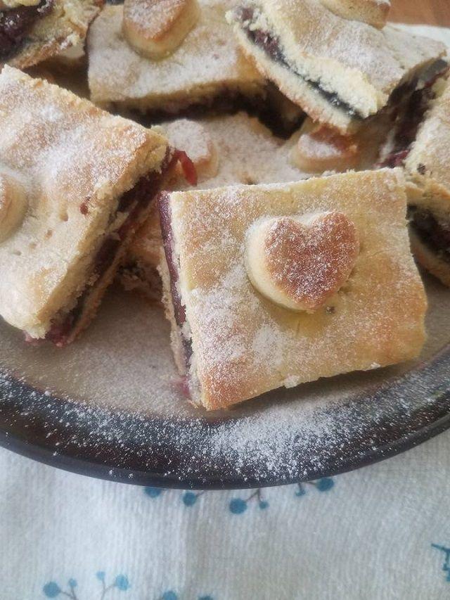 A kedvenc meggyes mákos pite receptünk, mi rajongunk érte! - Egyszerű Gyors Receptek