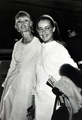 Brigitte Bardot & Jeanne Moreau return to Paris after making the film 'Viva Maria' in Mexico, 1965