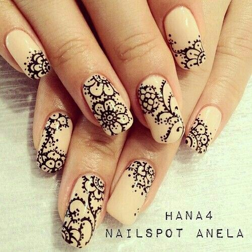 such pretty nail art and for more go to lady di this is where i get alot of nail art ideas if u cant find her im following her