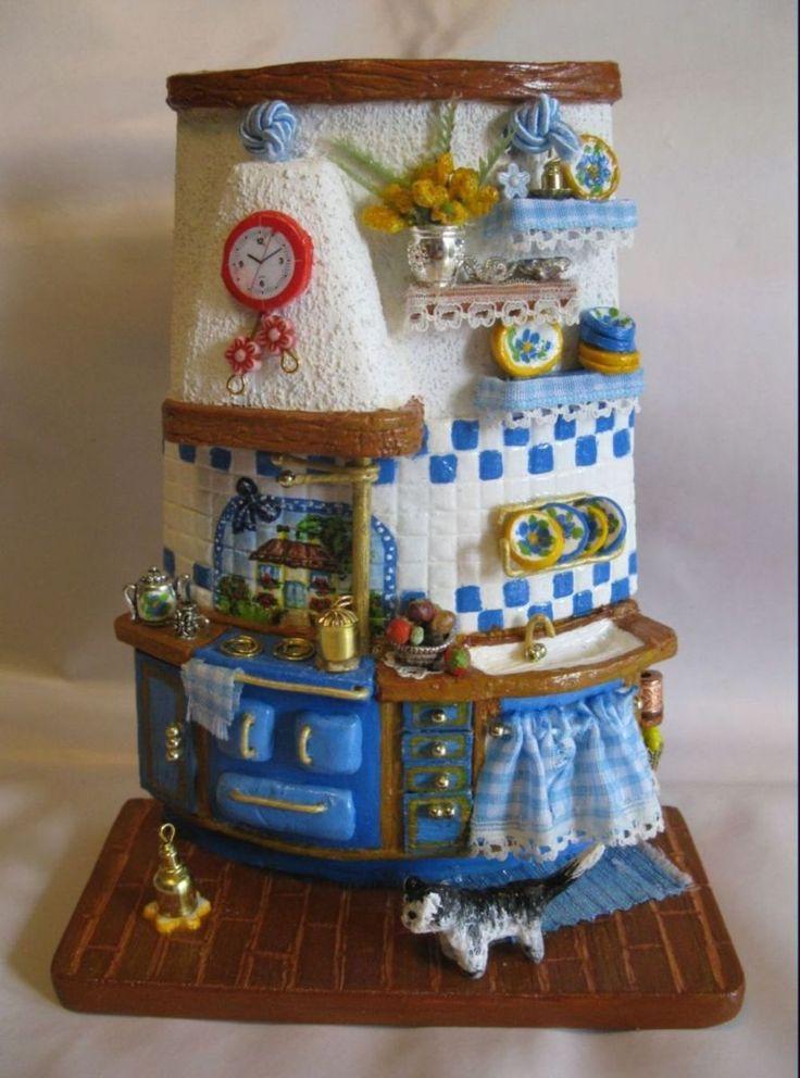 Tegolina cucina blu decorata e dipinta a mano. Paola Verderio