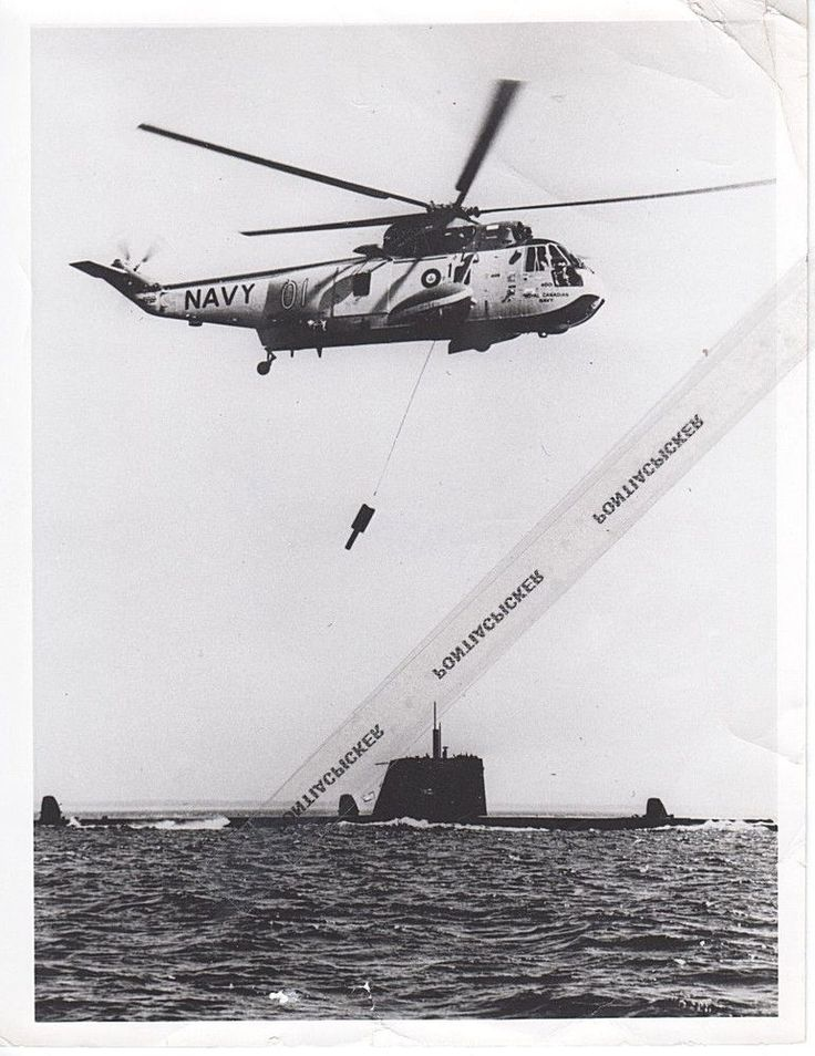 RCAF CH-124 Sikorsky Sea King Helicopter Supply Submarine Military Vtg Photo 6x8